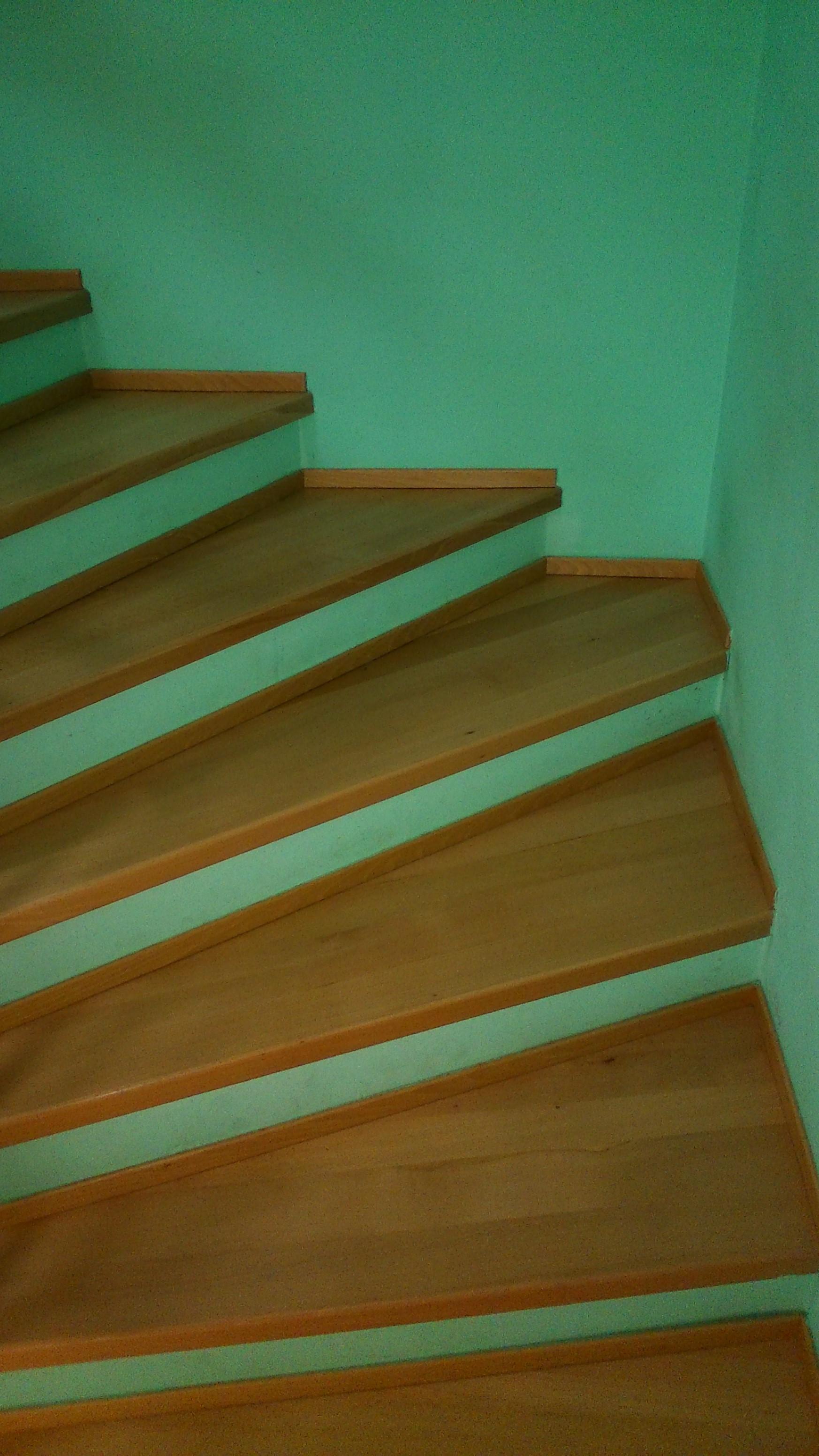 Lakování schodiště