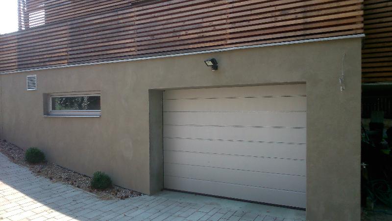Fasáda-imitace pohledového betonu