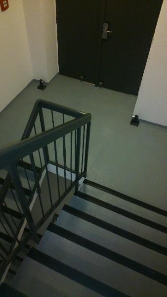 Nátěr schodiště - Hotel Penta
